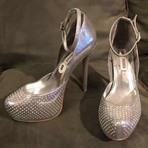 Steve Madden Mea Silver Wedding/Prom Shoes